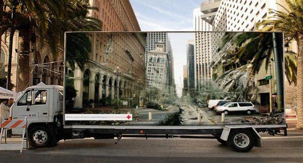 red-cross_optical-illusion-billboard