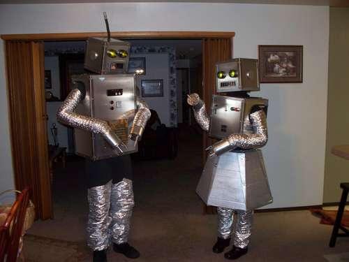 500robotcouple